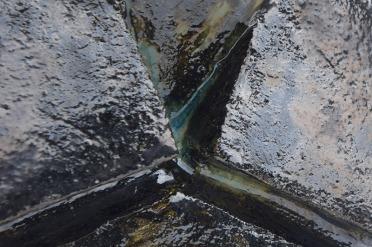 PON 1-1 E2 (détail) - 2017 - grès blanc chamotté, émail, modelage - 24 x 25 x 13 cm