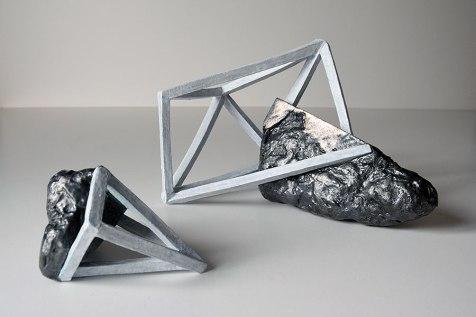 Archisteroids #3 et #6 - 2018 - grès blanc émaillé, modelage - dimensions variables