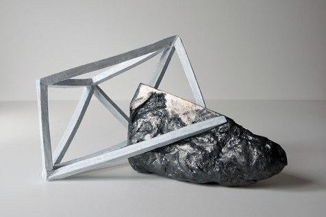 Archisteroid #6 - 2018 - grès blanc émaillé, modelage - L. 40 x l. 23 x h. 22 cm