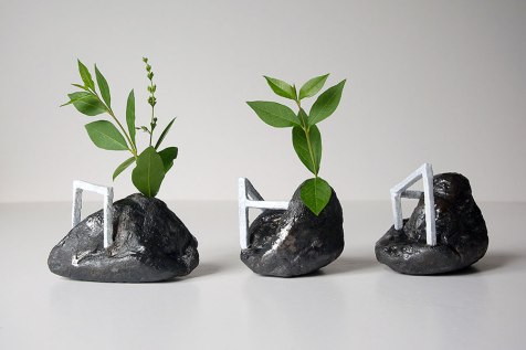 Architeorites - 2018 - grès blanc émaillé, modelage - 9 x 9 x 9 cm