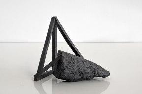 Archisteroid #17 – 2018 – grès noir chamotté, modelage – h. 20 x 22 x 14 cm