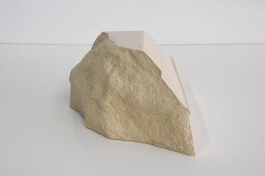 Cornice #4 - grès blanc chamotté, modelage - h.24 x 38 x 34 cm